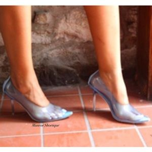 mackin Shoes - Blue Transparent Pointed Toe Pumps